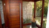 casa en venta en carilo a metros del mar 519