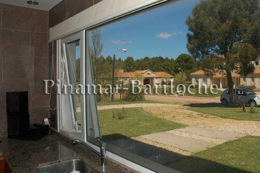 casa en alquiler en Pinamar con piscina La Herradura