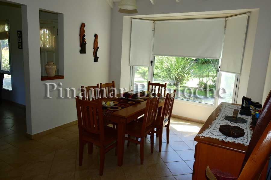 Alquiler Pinamar – Casa En Una Planta 3 Dorm – Cap 6 Pers – 542