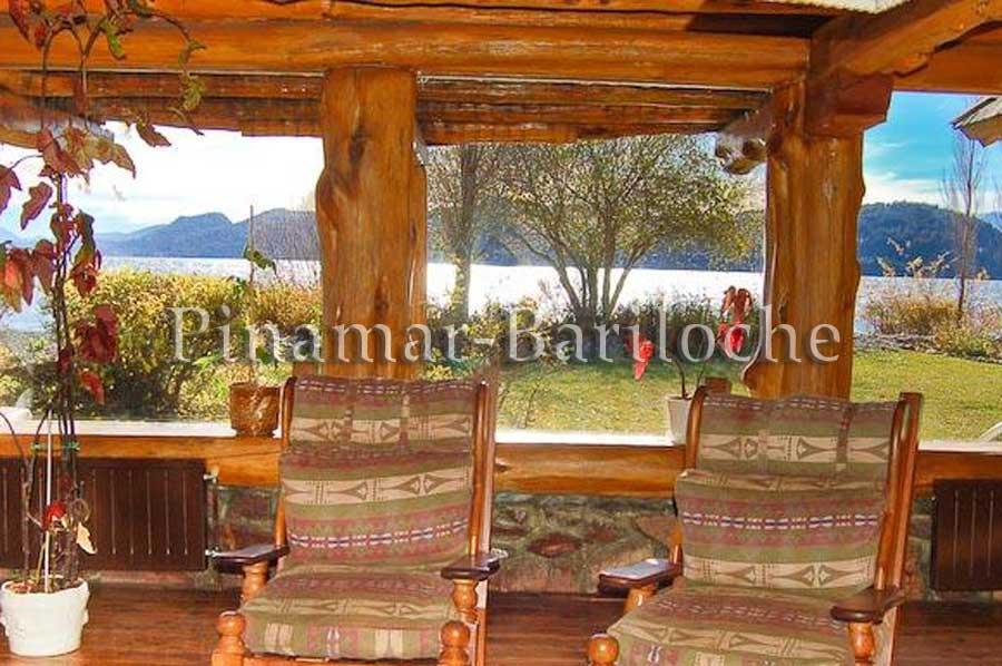 Casa En Alquiler Con 3 Dormitorios Y Costa De Lago – 685