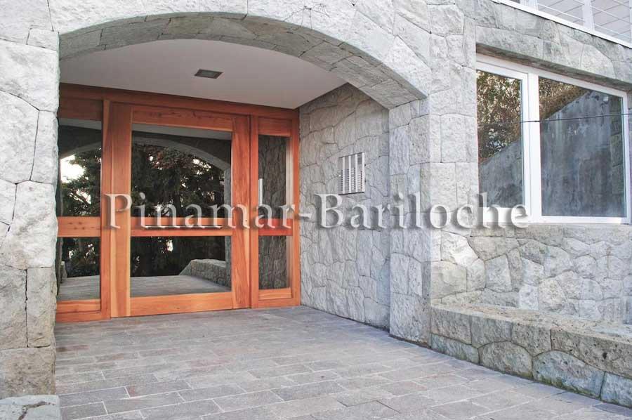Departamento En Alquiler En Bariloche – Zona Centro – 739