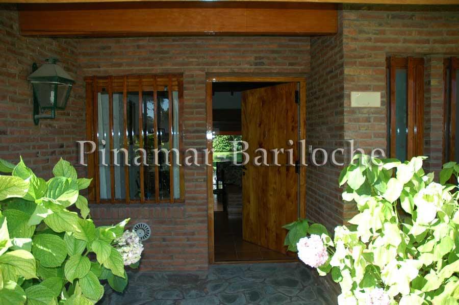 Casa En Alquiler Pinamar A Metros Del Mar – 928