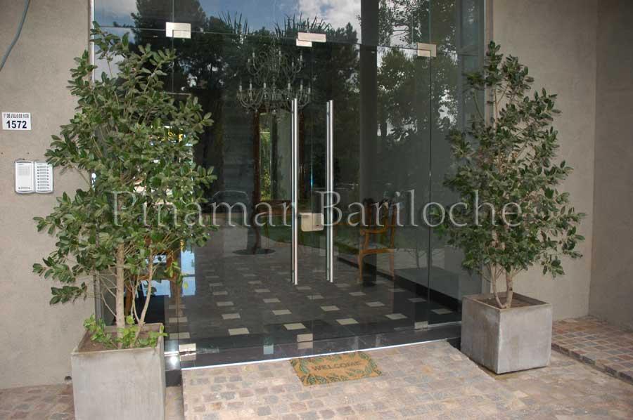 Venta De Departamento Edificio Solas Pinamar – 3 Amb – 1017