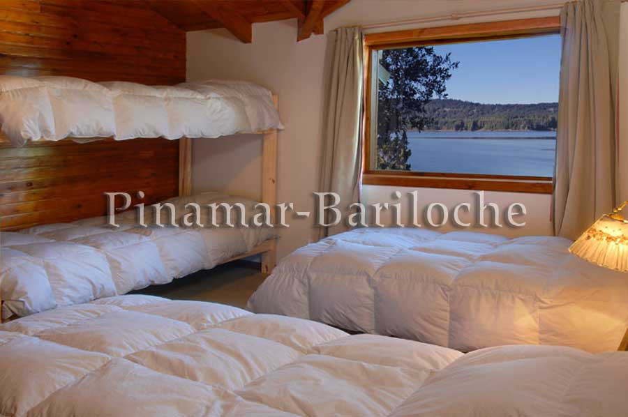 Cabaña Frente Al Lago Nahuel Huapi, Capacidad 6 / 8 Pers – 1008