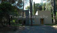Alquileres Carilo – Casa En 2 Plantas Con 3 Dorm Y Depend – 1014