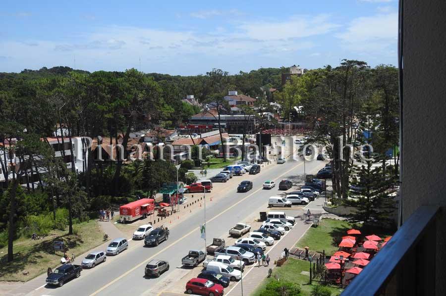Departamento En Venta En Pinamar – 3 Amb – Zona Centro – 94