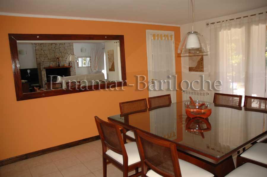 Propiedad En Alquiler Pinamar, Con Piscina Climatizada – 543