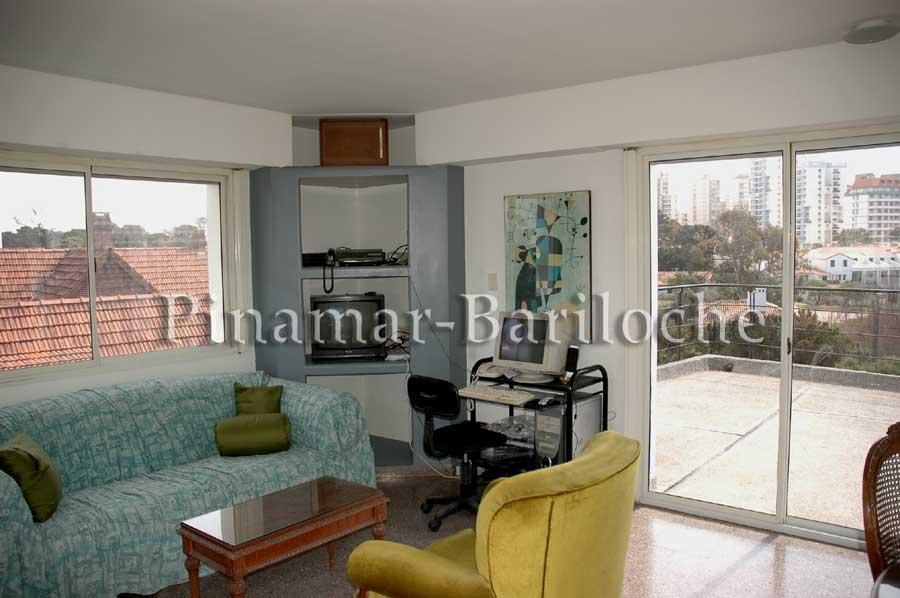 Casa En Alquiler Zona Centro De Pinamar Y A Metros Del Mar – 392