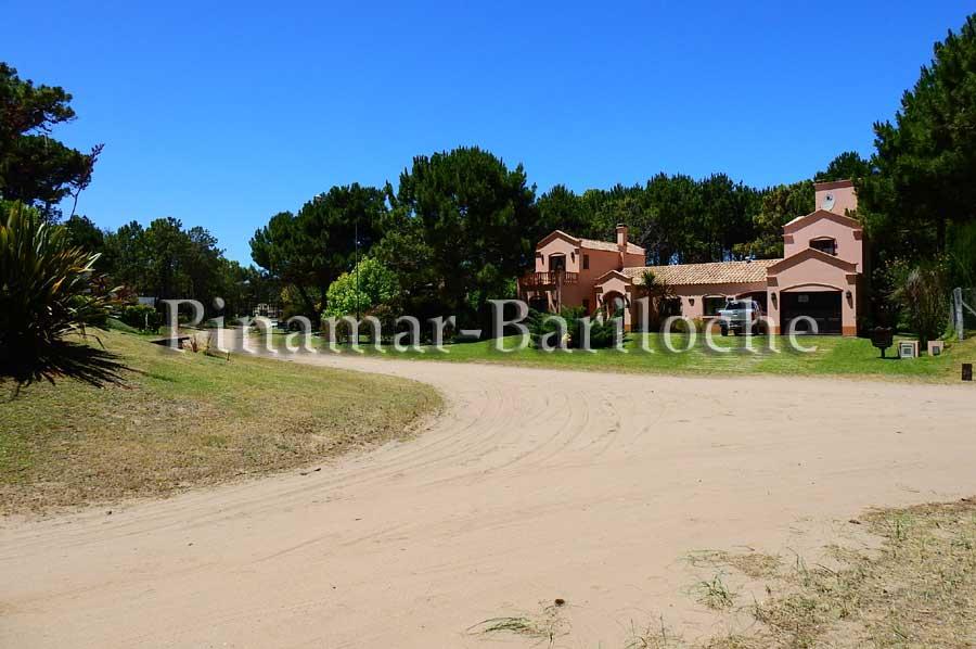Casas En Venta Zona Frontra De Pinamar A 2 Cuadras Del Mar – 1114