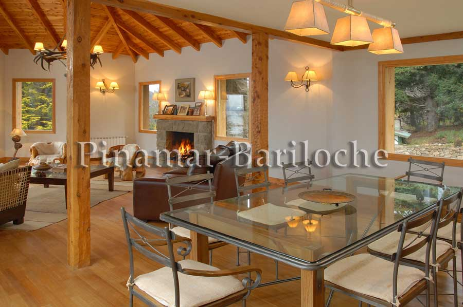Alquiler Bariloche Casa Frente Al Lago Y Con Muelle Propio – 946