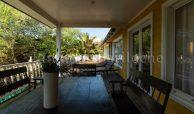Casa En Alquiler En Carilo Con Pileta Y A Metros Del Mar – 1127